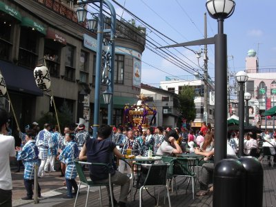吉祥寺東急裏(MINOLTA Dimage F100)20040915